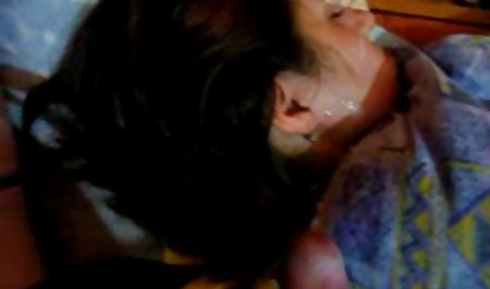 ناپدری یخ زده هنگام عضویت فیلم های سکسی خارجی مادر هنگام ورود به اتاق ، در عضوی عضو خفه شد