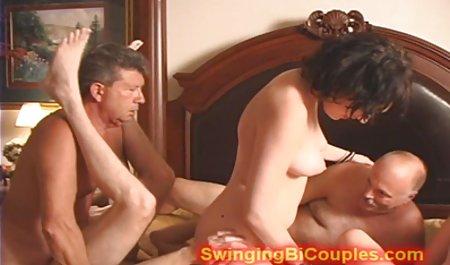 Un ama de سکس دختر خارجی casa Italiana se masturba
