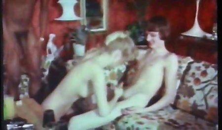 پوره ازبک سوار غار دیک می شود و با کلیت ویبراتور فیلم سکسی سکسی خارجی خودارضایی می کند